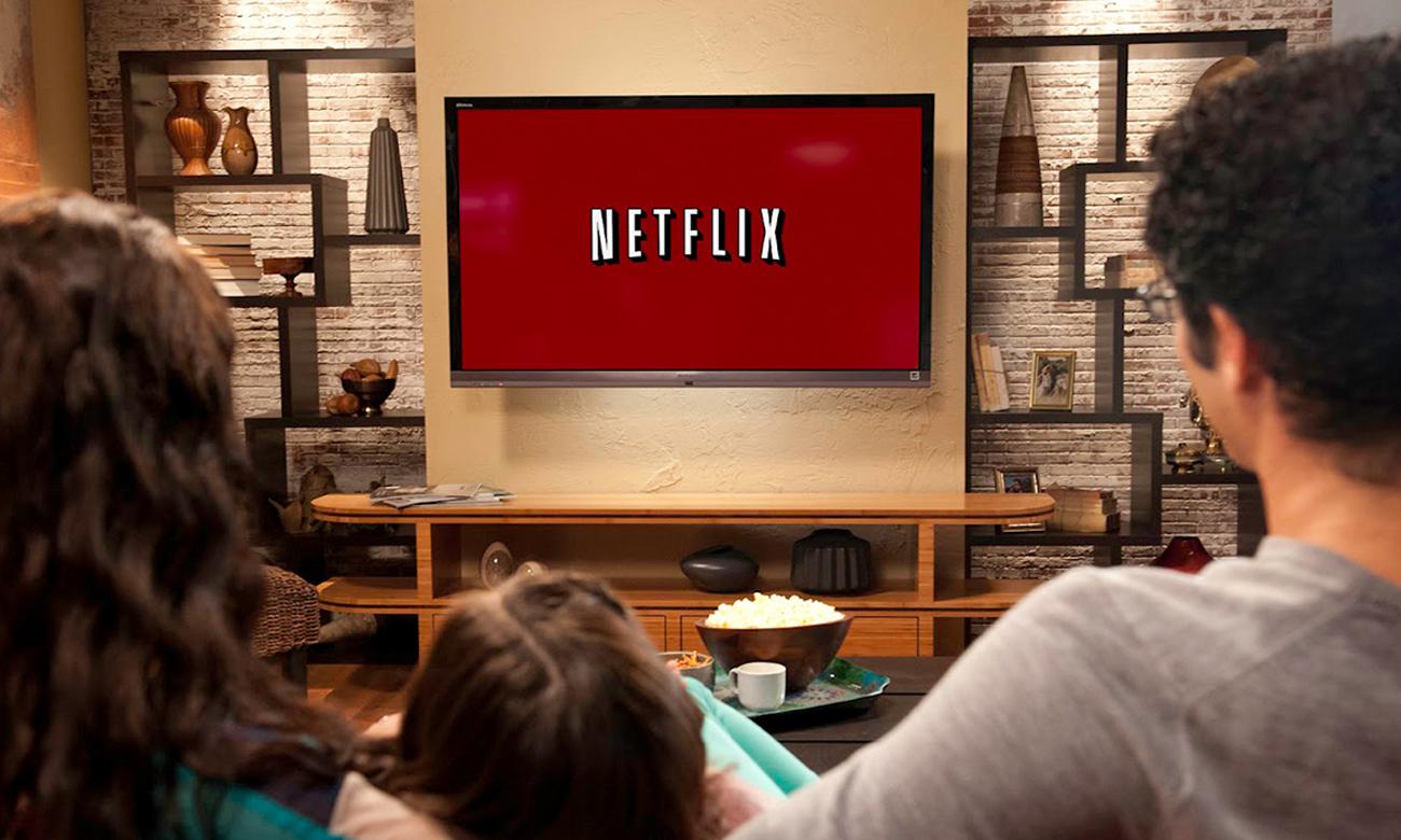 Netflix w tv Hyundai ULS49TS298