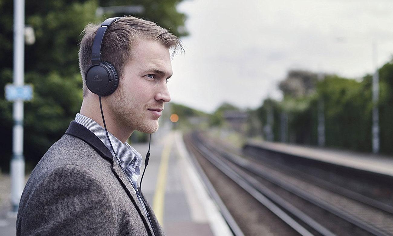 Wygodne słuchaweki nauszne SoundMagic P21