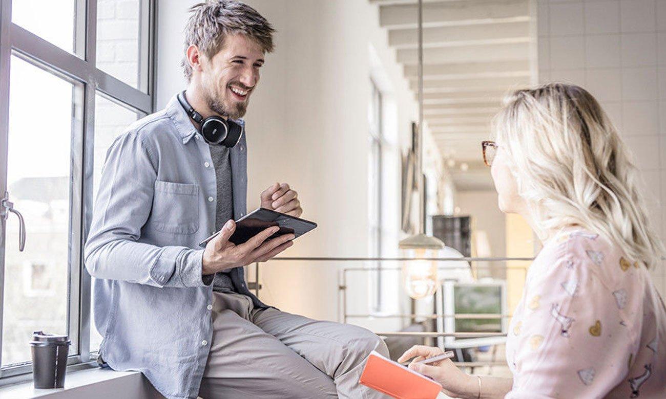 Łączność bezprzewodowa w słuchawkach AKG N60NCBT