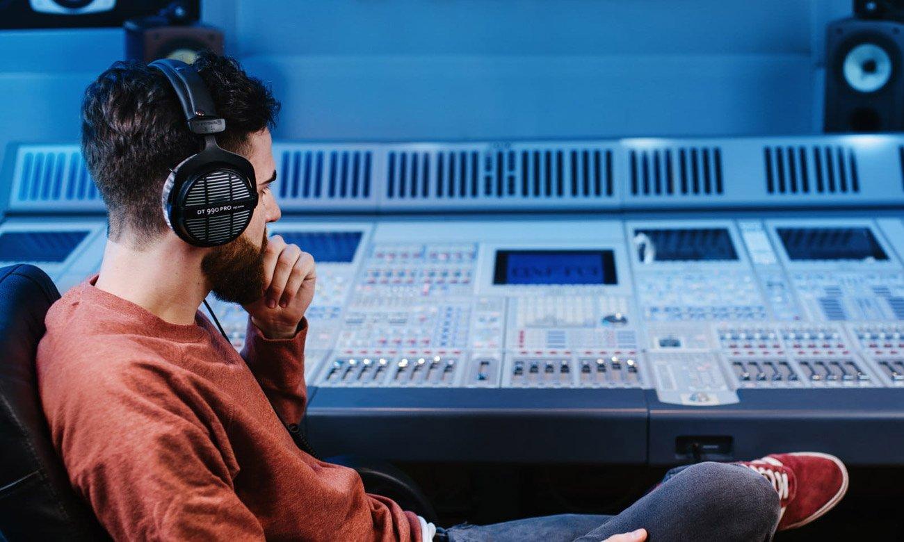Słuchawki półotwarte Beyerdynamic DT 990 Pro
