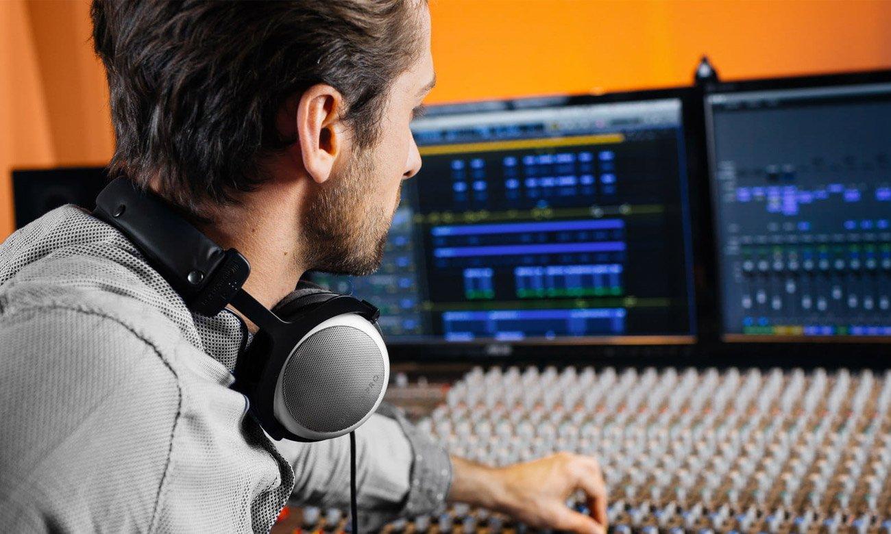 Wygodne słuchawki studyjne Beyerdynamic DT880 Pro