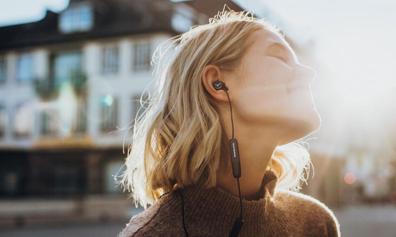 Słuchawki bezprzewodowe z mikrofonem Beyerdynamic Blue Byrd