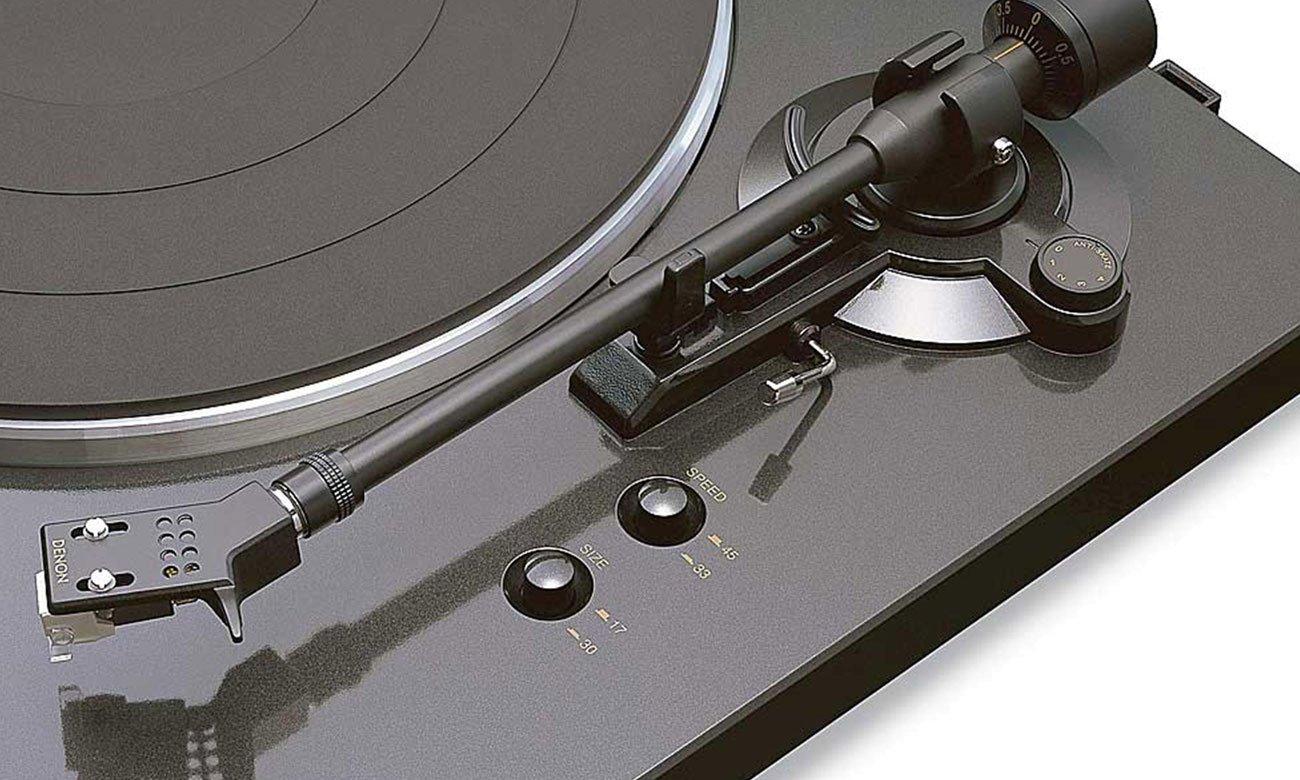 Precyzyjnie odlany talerz gramofonu Denon DP-300F