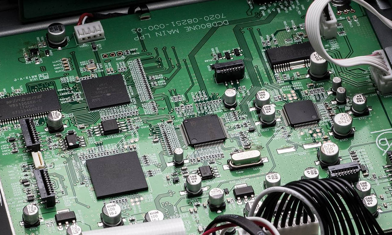 Tryb Pure Direct w odtwarzaczu Denon DCD-800NE Black