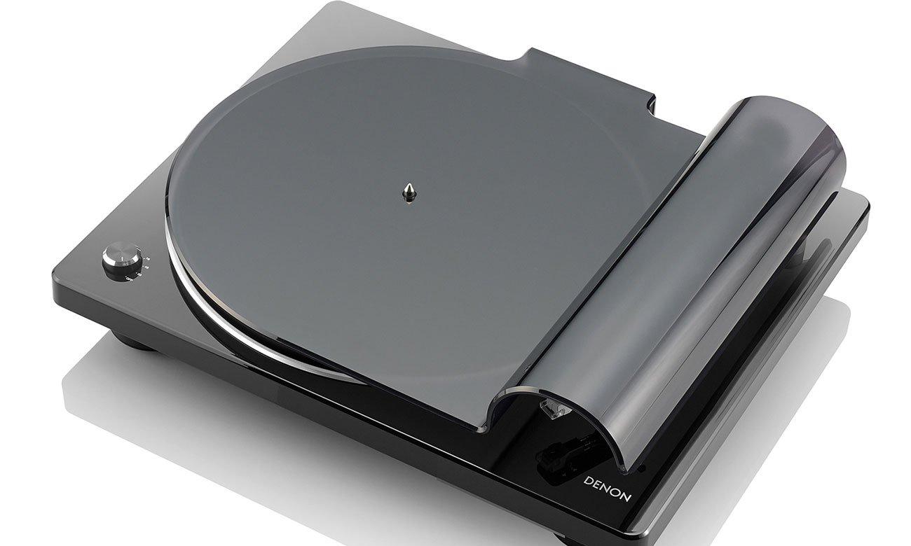 Przemyślana konstrukcja czarnego gramofonu Denon DP-400