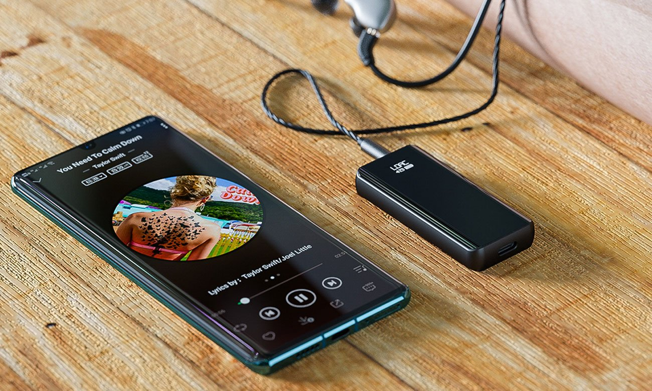 Słuchawkowy adapter Bluetooth z NFC FiiO BTR5
