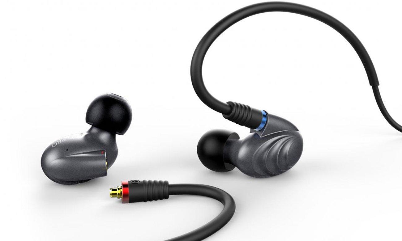 Ergonomiczny kształt słuchawek dokanałowych FiiO F9 PRO