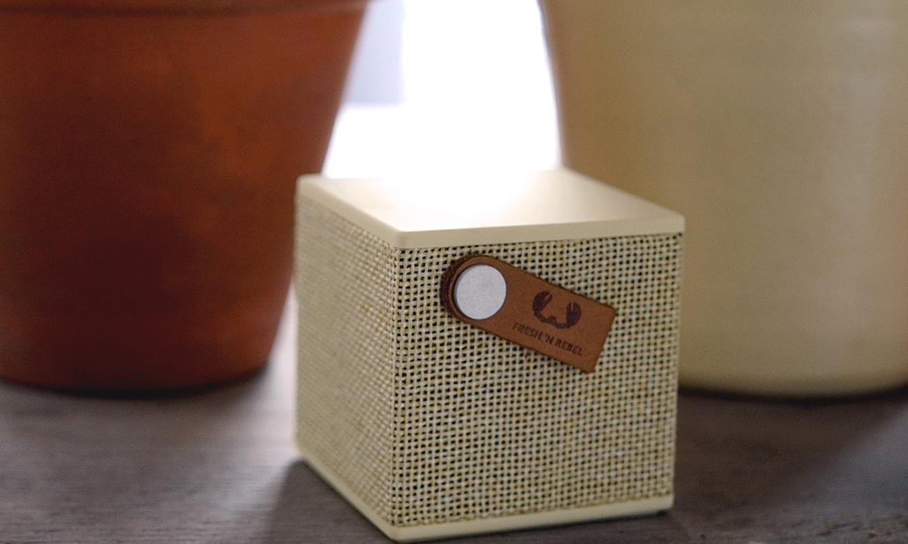 Głośnik bezprzewodowy Rockbox Cube Fabriq Edition żółty 1RB1000BC