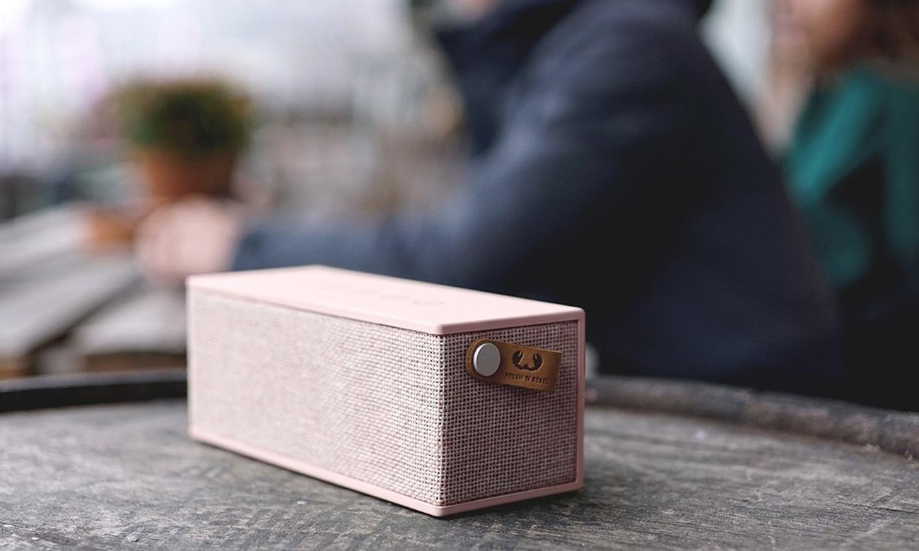 Głośnik bezprzewodowy Rockbox Brick Fabriq Edition różowy 1RB3000CU
