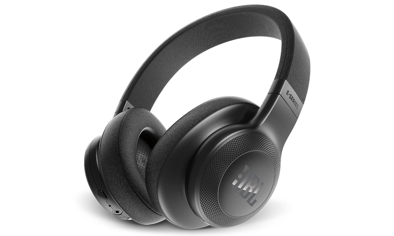 Wysoka jakość dźwięku JBL E55BT