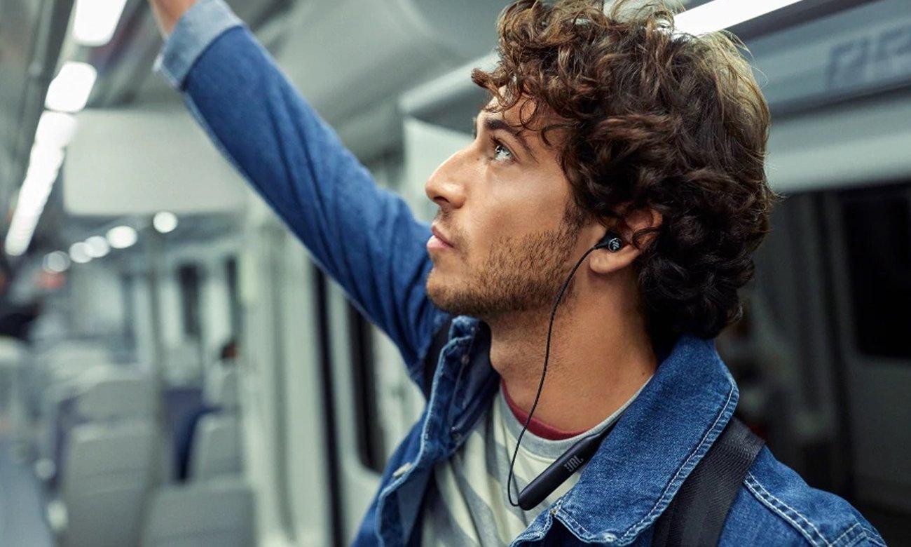 Wygodne słuchawki Bluetooth JBL LIVE 220BT