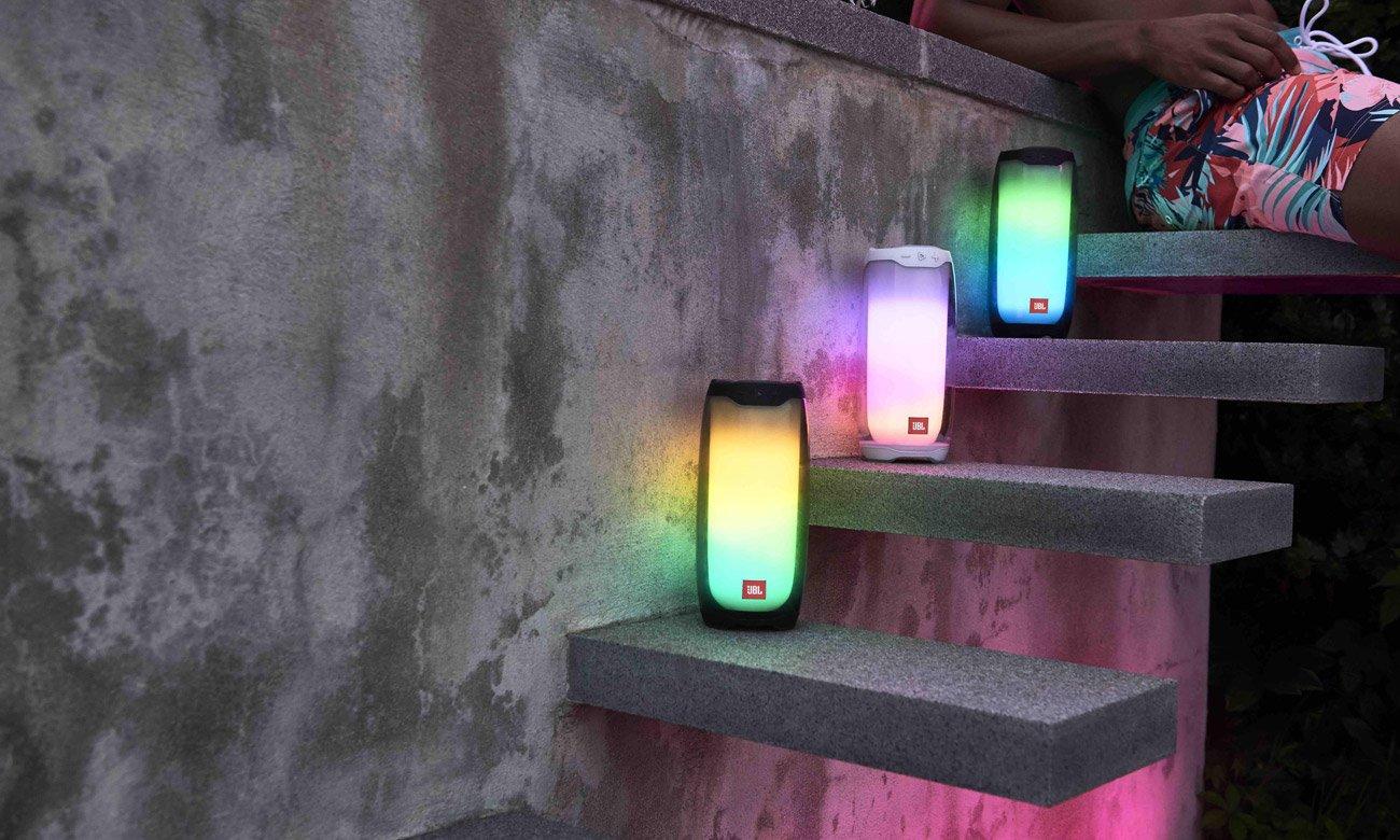 Dźwięki i efekty świetlne w głośniku JBL Pulse 4