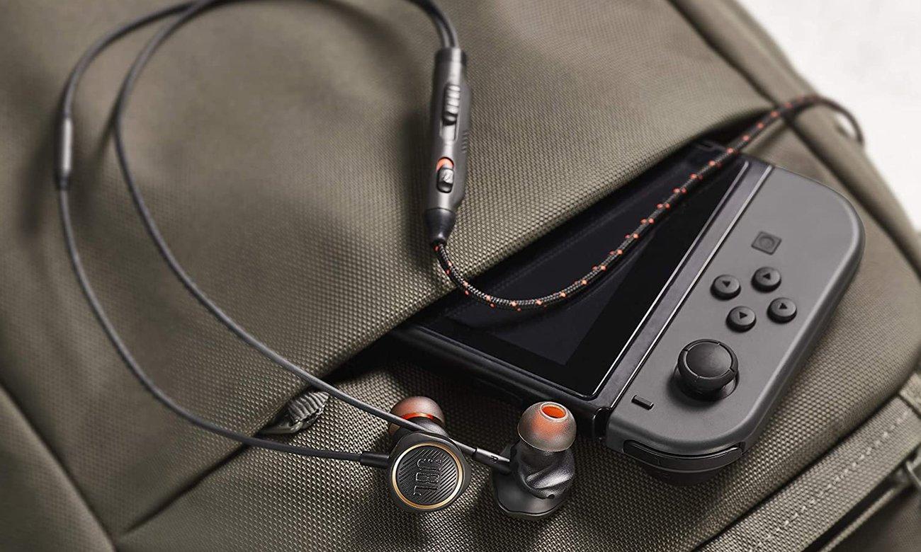 JBL Quantum 50 - przewodowy douszny zestaw słuchawkowy do gier