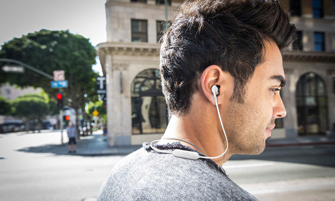 Bezprzewodowe słuchawki douszne JBL T205BT