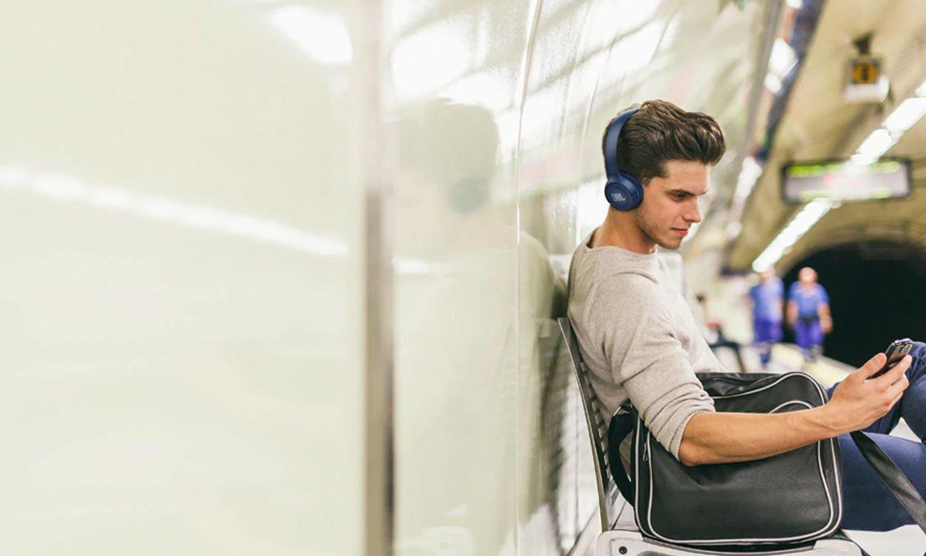 Brzmienie nausznych słuchawek BT JBL T500BT blue