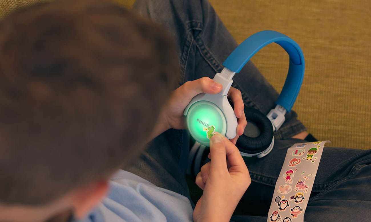 Świecące Słuchawki Philips TAKH402BL z panelem świetlnym LED