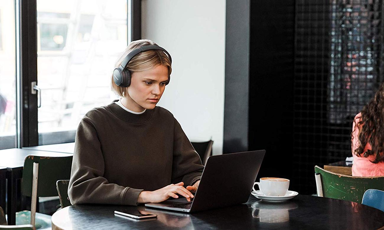 Bezprzewodowe słuchawki z ANC Pioneer SE-S6BN ANC