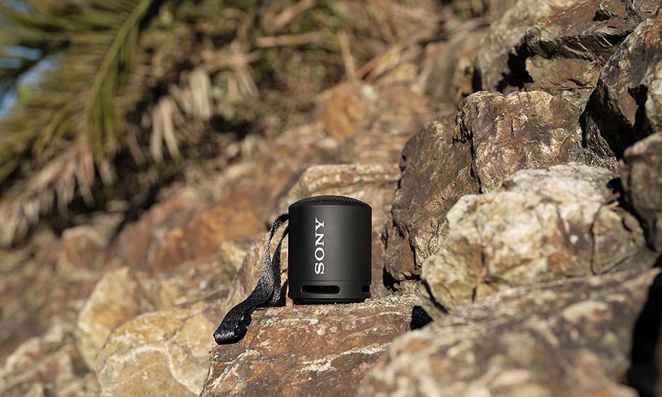 Głośnik Sony SRS-XB13 z pojemnym akumulatorem