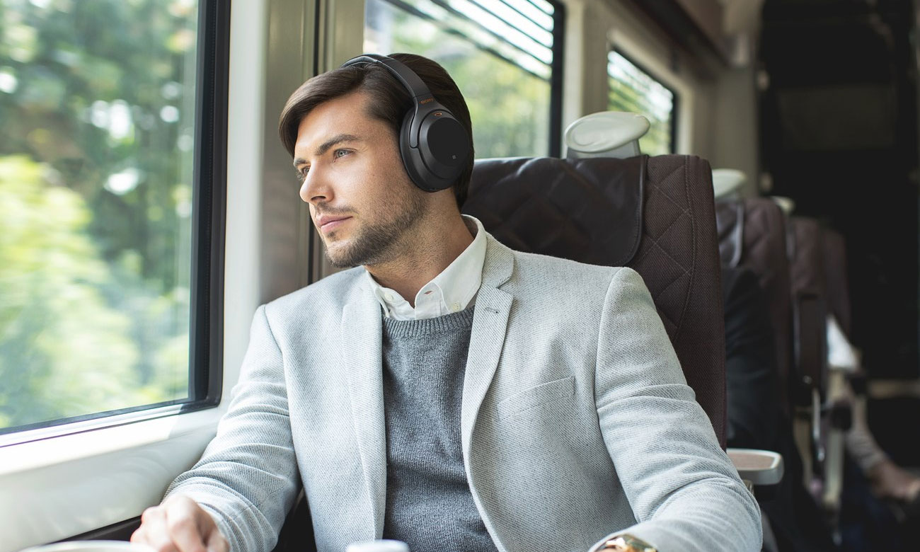 Słuchawki Bluetooth z mikrofonem i panelem dotykowym Sony WH-1000XM3