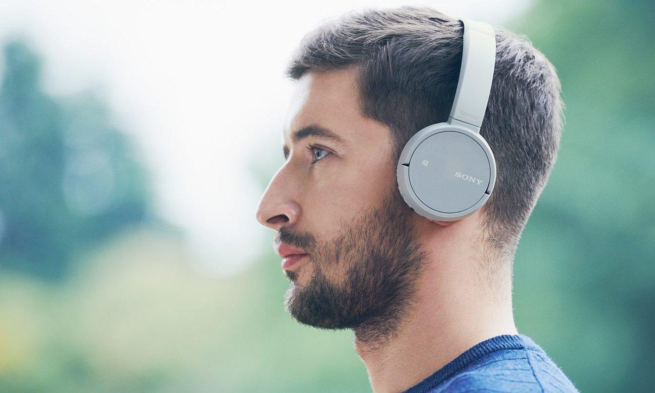 Konstrukcja słuchawek nausznych Sony WH-CH500