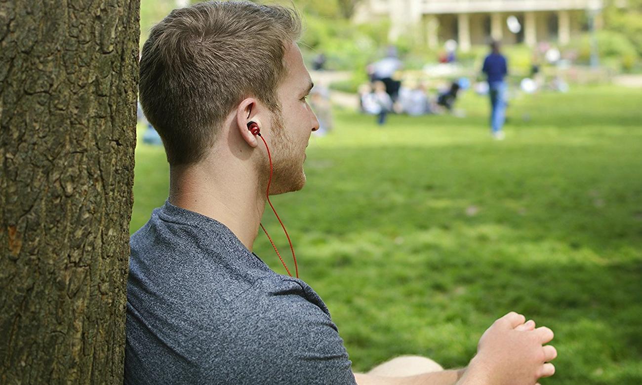 Słuchawki dokanałowe SoundMagic E50 red