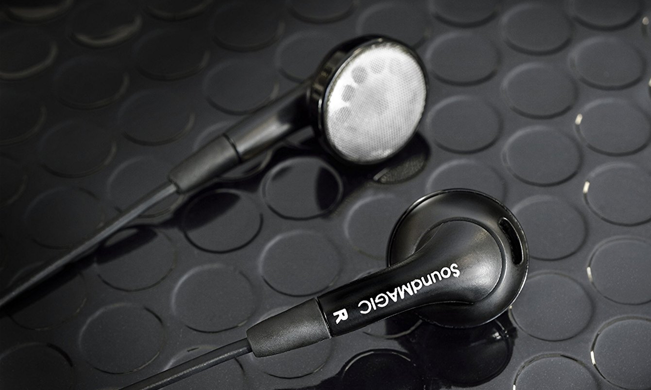 Konstrukcja słuchawek dousznych SoundMagic EP30