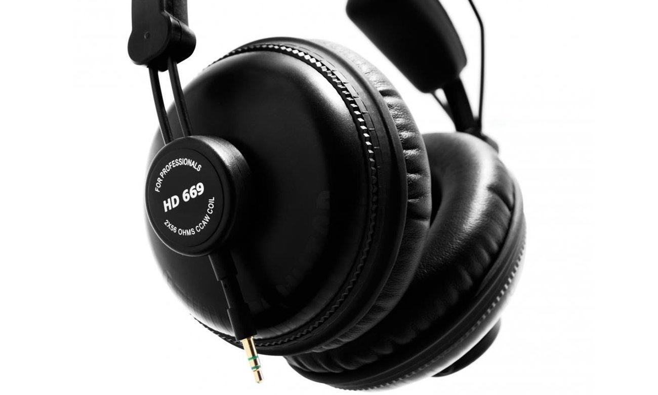 Mocny, czysty dźwięk z słuchawek Superlux HD669