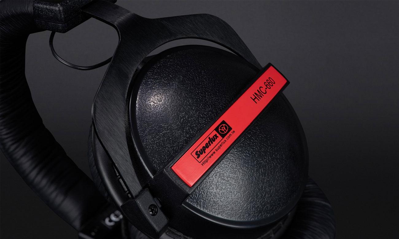 Atrakcyjne wzornictwo słuchawek Superlux HMC660X