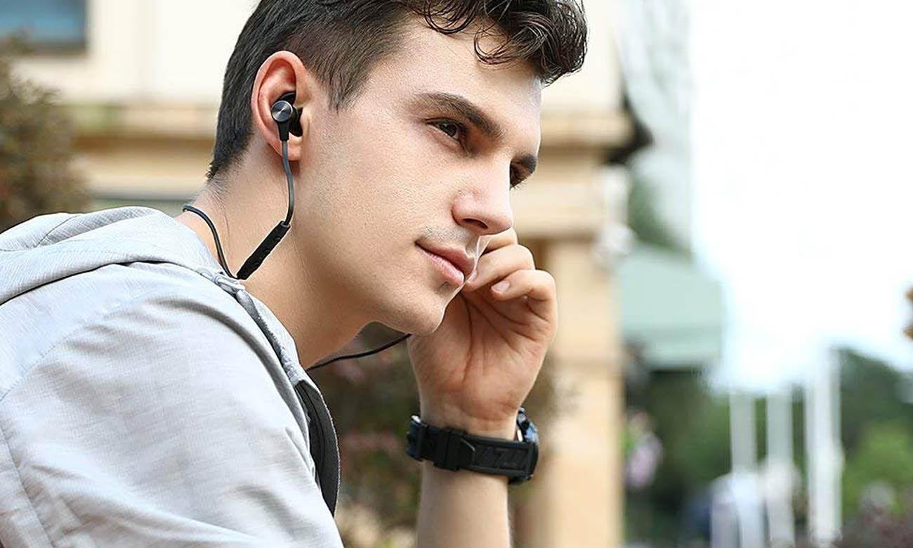 Słuchawki bezprzewodowe TaoTronics TT-BH07 z pilotem na kablu