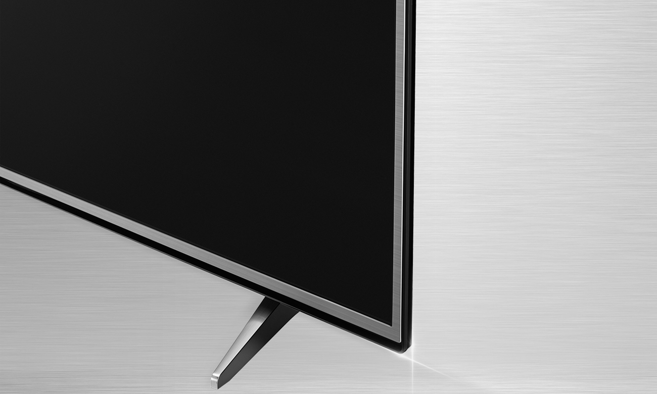 Elegacka, metalowa konstrukcja telewizora 55UH605V LG