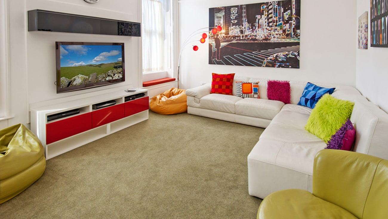 Tryb hotelowy w telewizorze Krüger&Matz KM0232FHD