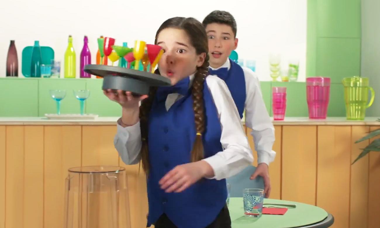 gra dla dzieci kelner taca