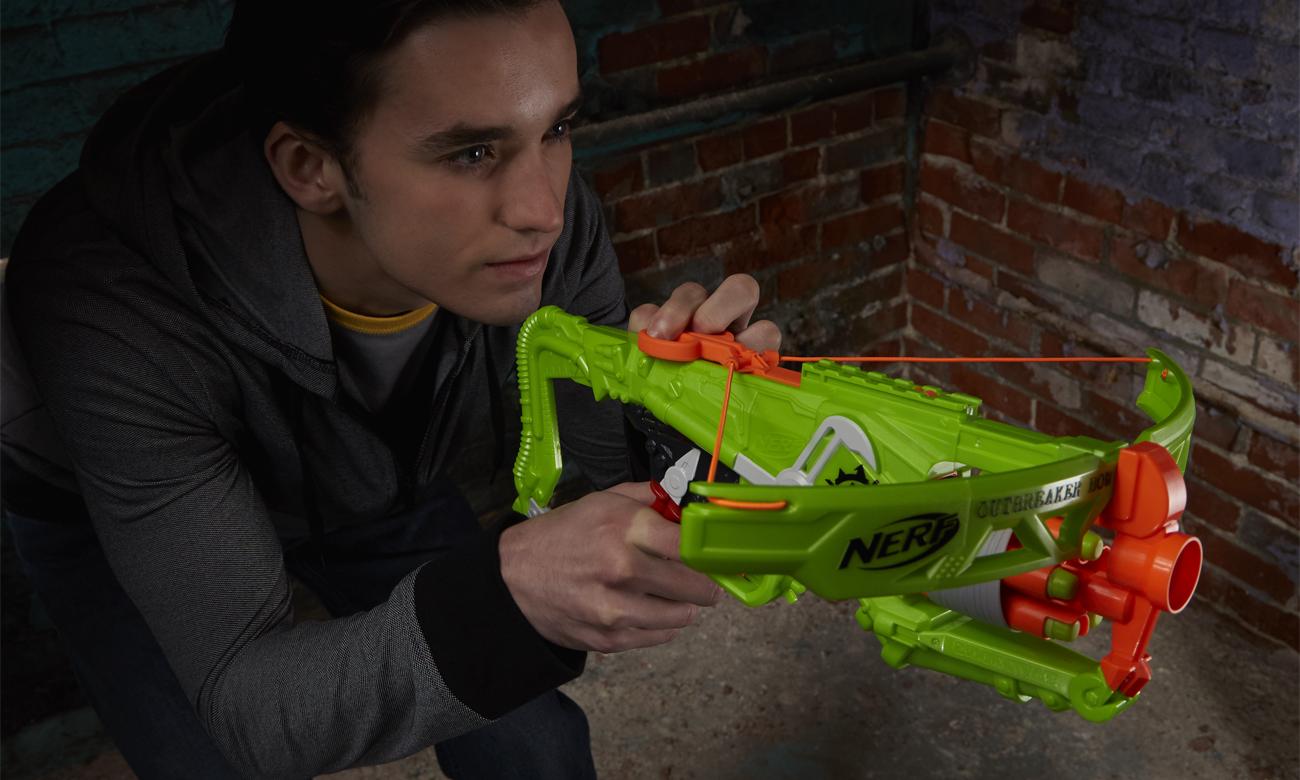 NERF Zombie Strike Kusza Outbreaker