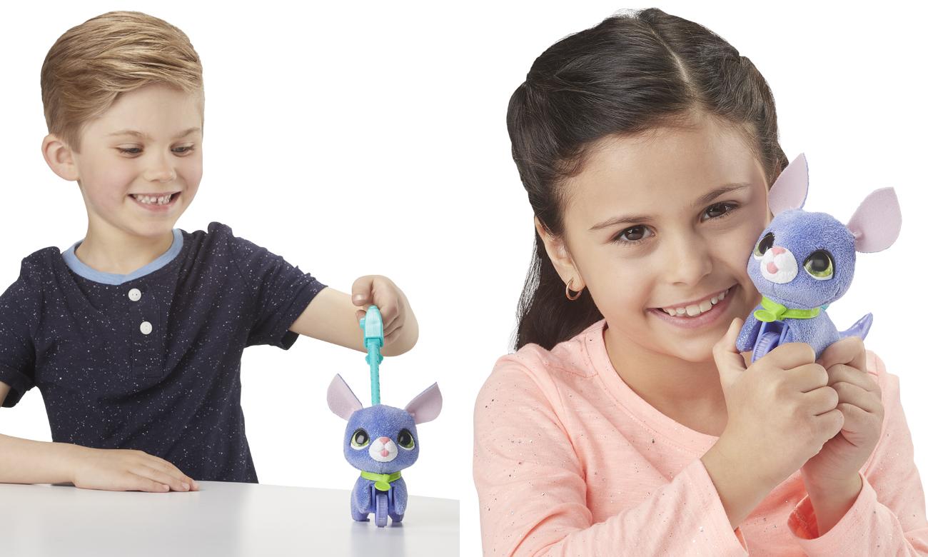 Hasbro FurReal Małe Zwierzaki na smyczy Pies szary
