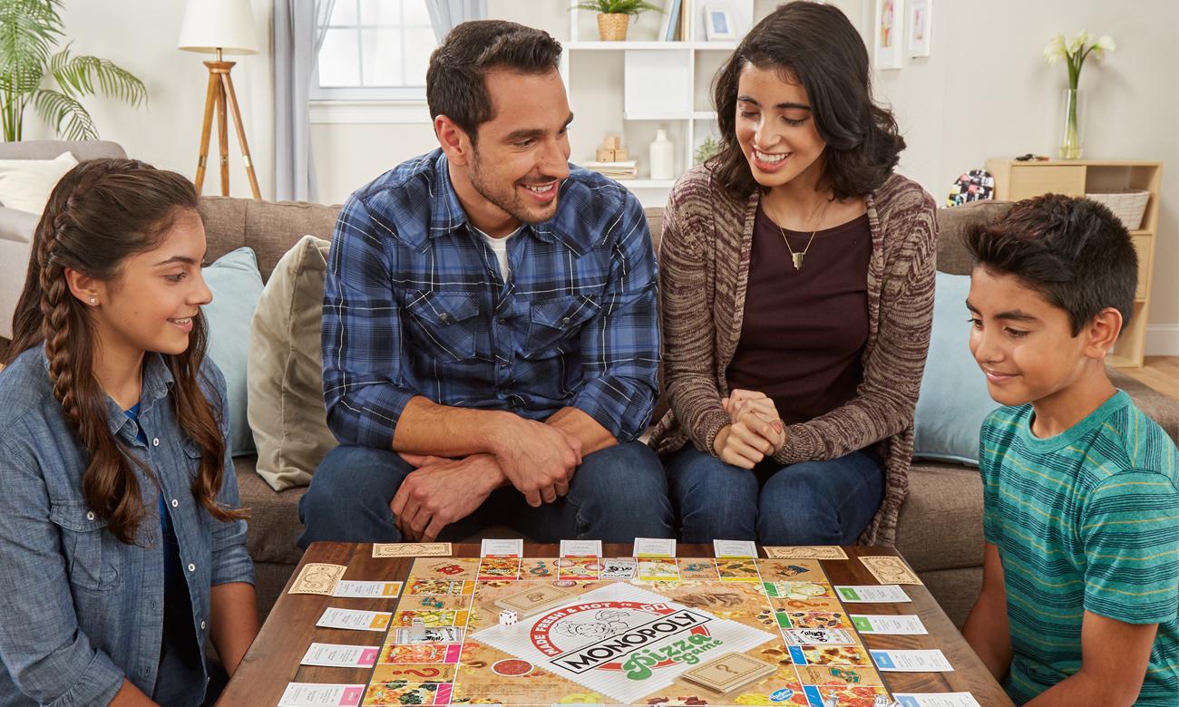 Hasbro Monopoly Pizza