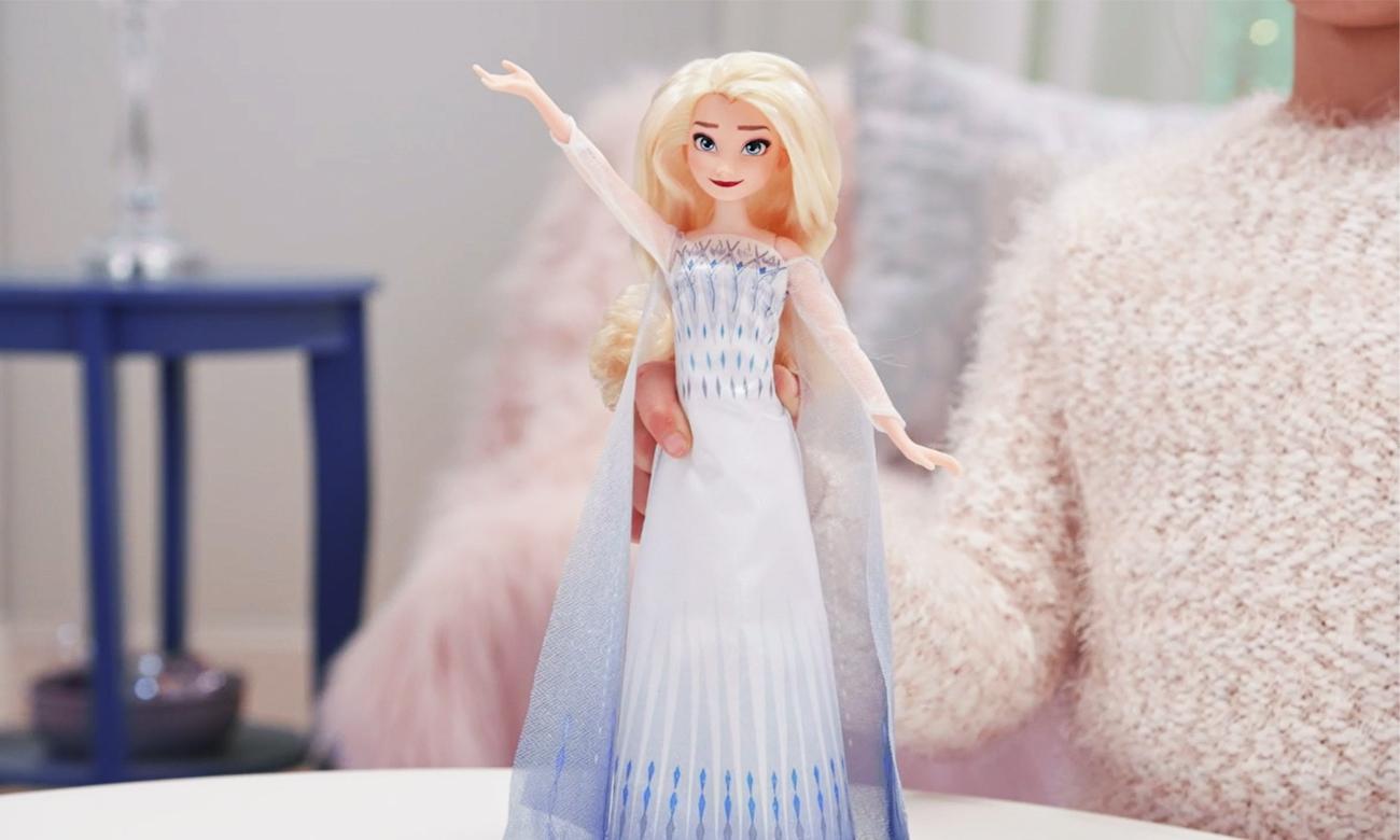 śpiewająca lalka elsa kraina lodu