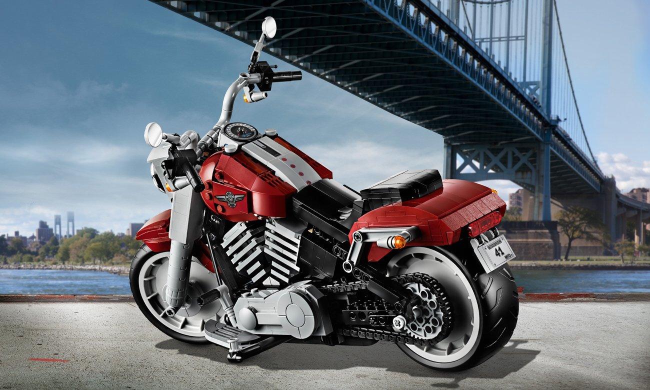 replika motocykla z lego
