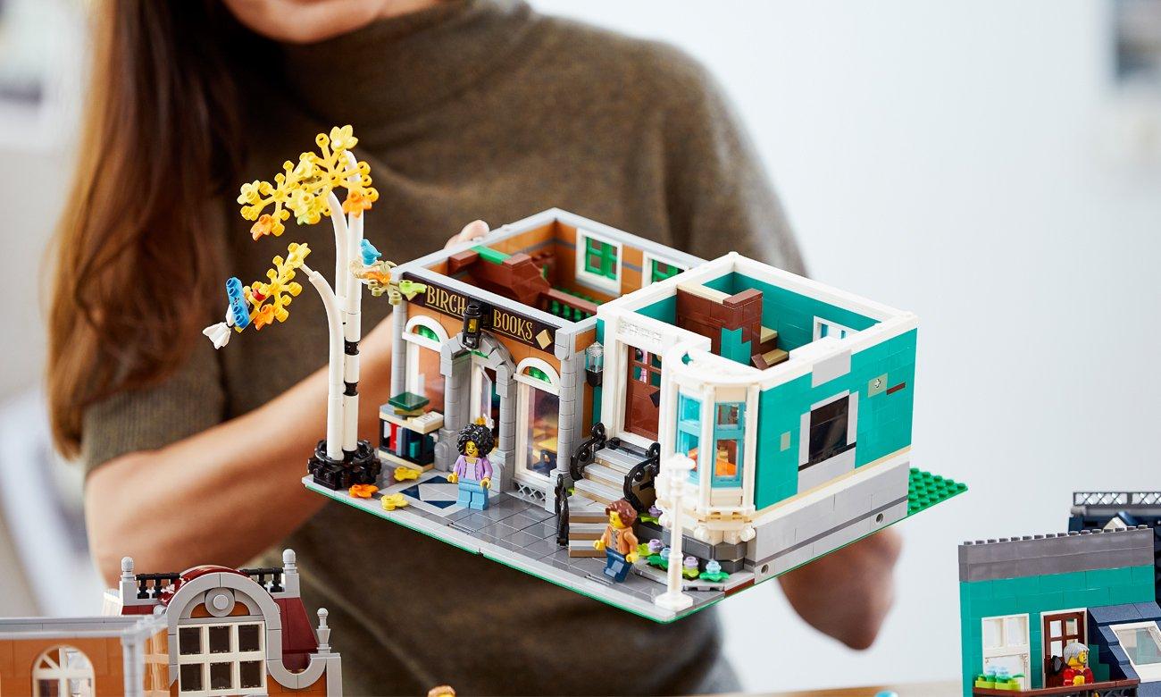 księgarnia z klocków lego
