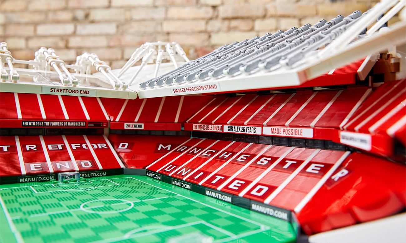 replika stadionu old trafford z lego