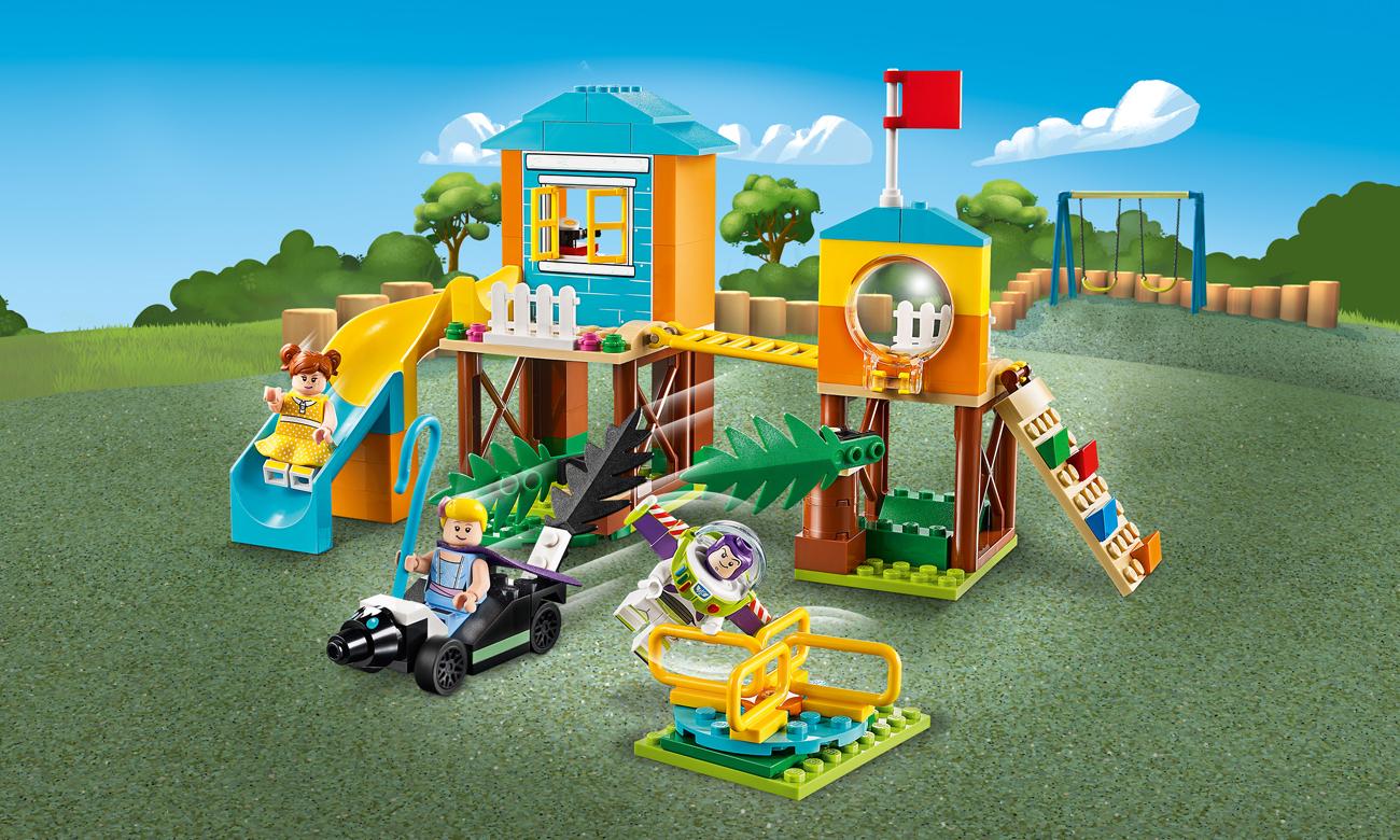 LEGO Toy Story 4 Karnawałowe szaleństwo Chudego i Buzza