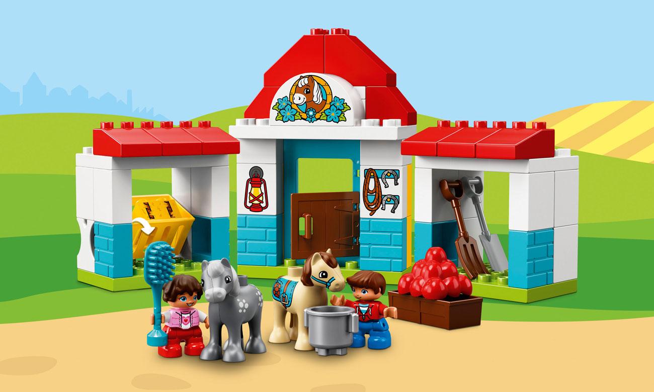 LEGO DUPLO Stajnia z kucykami
