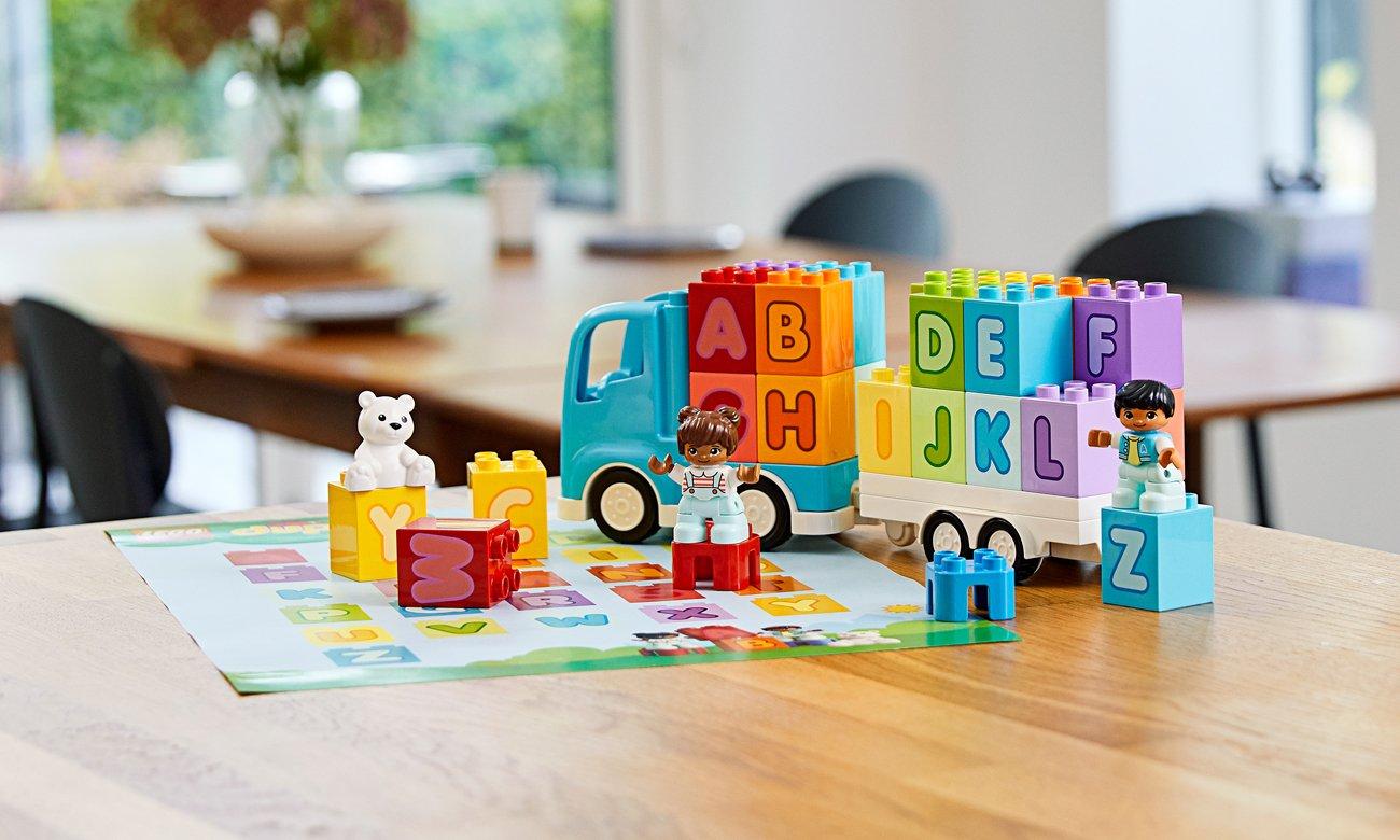 LEGO DUPLO Ciężarówka z alfabetem