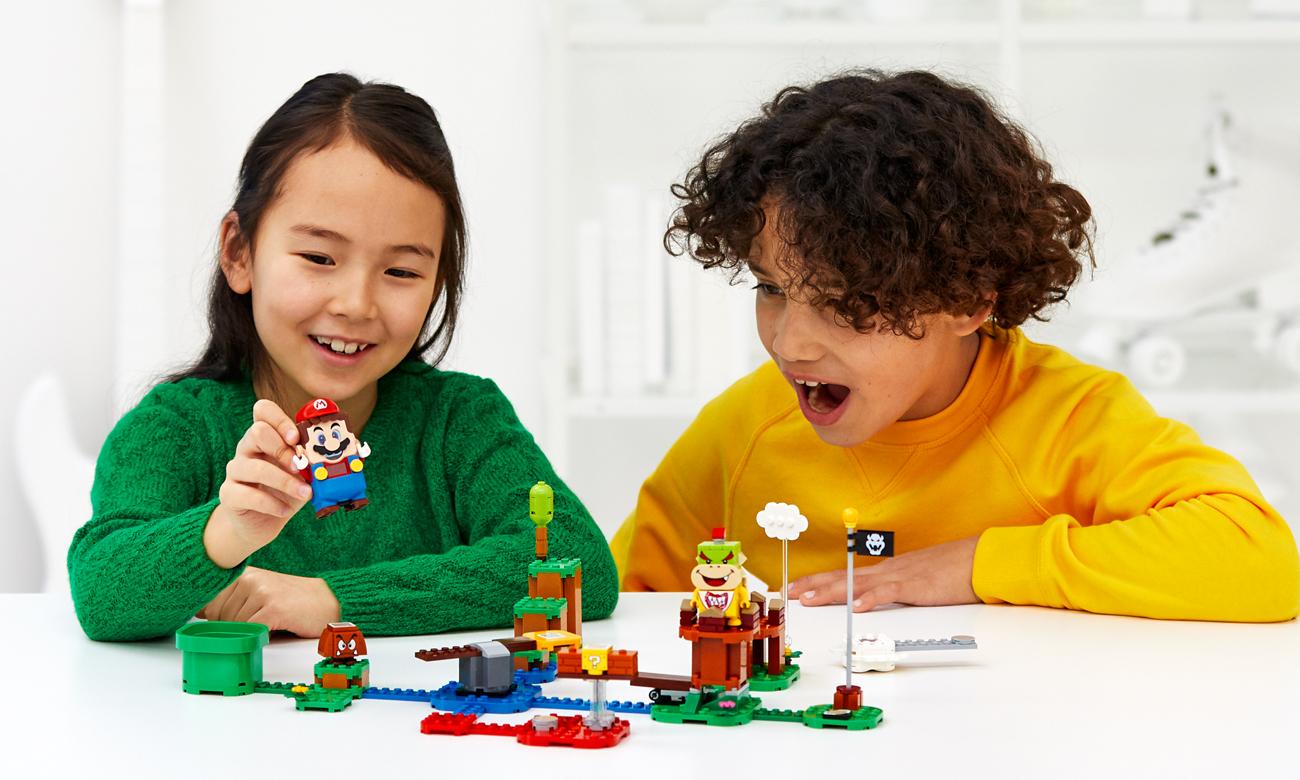 zabawa klockami lego