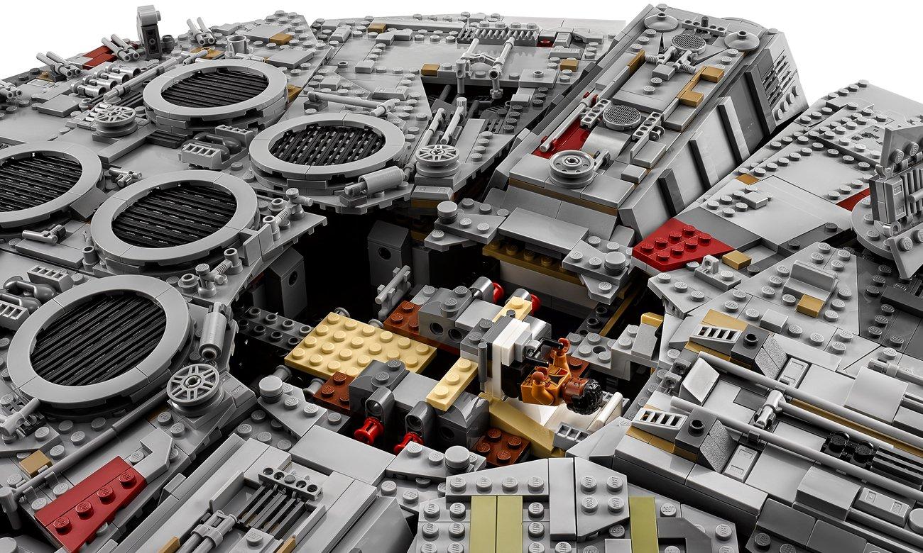 sokół millenium z klocków lego
