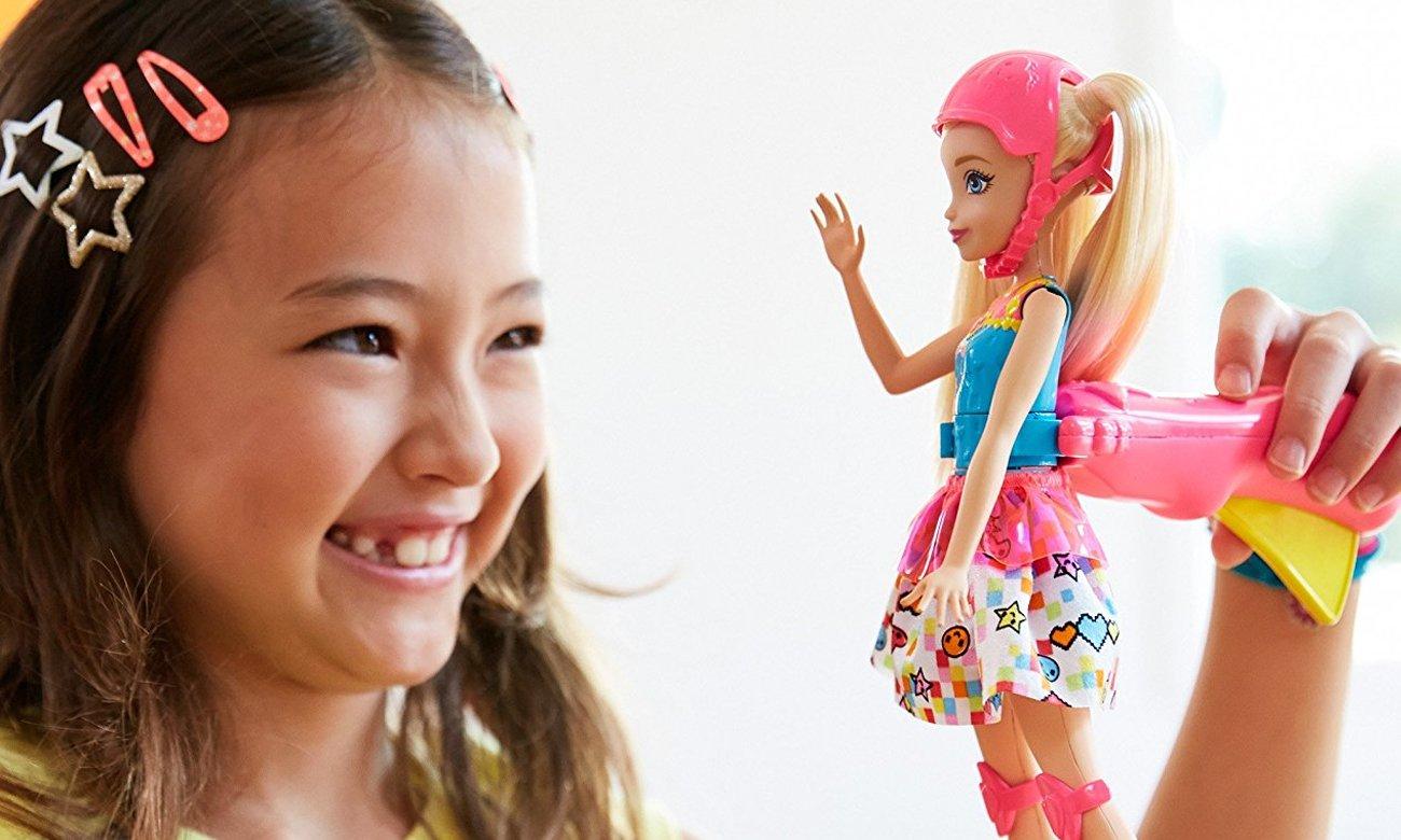 Mattel barbie w świecie gier świecące wrotki