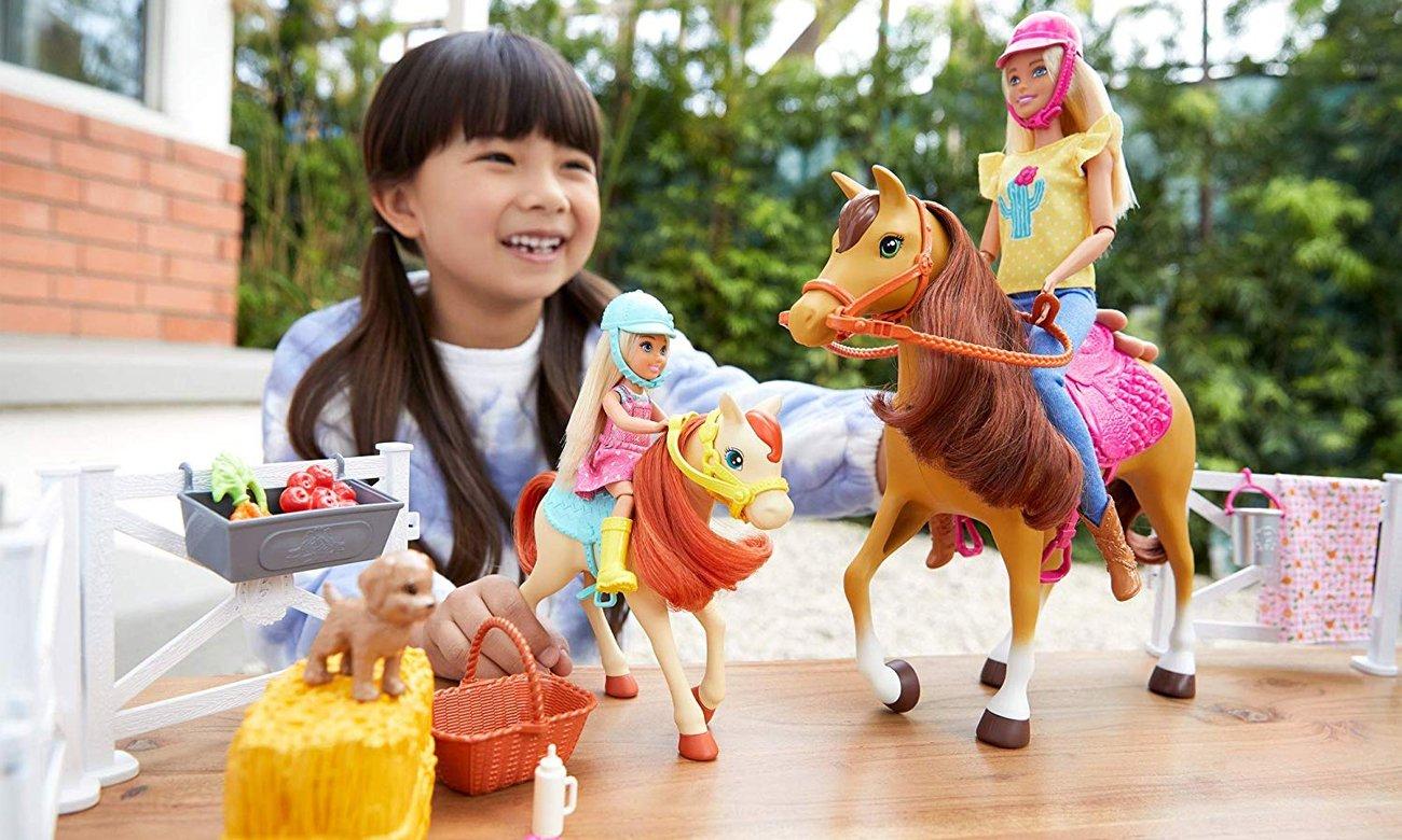 Mattel Barbie Stadnina koni