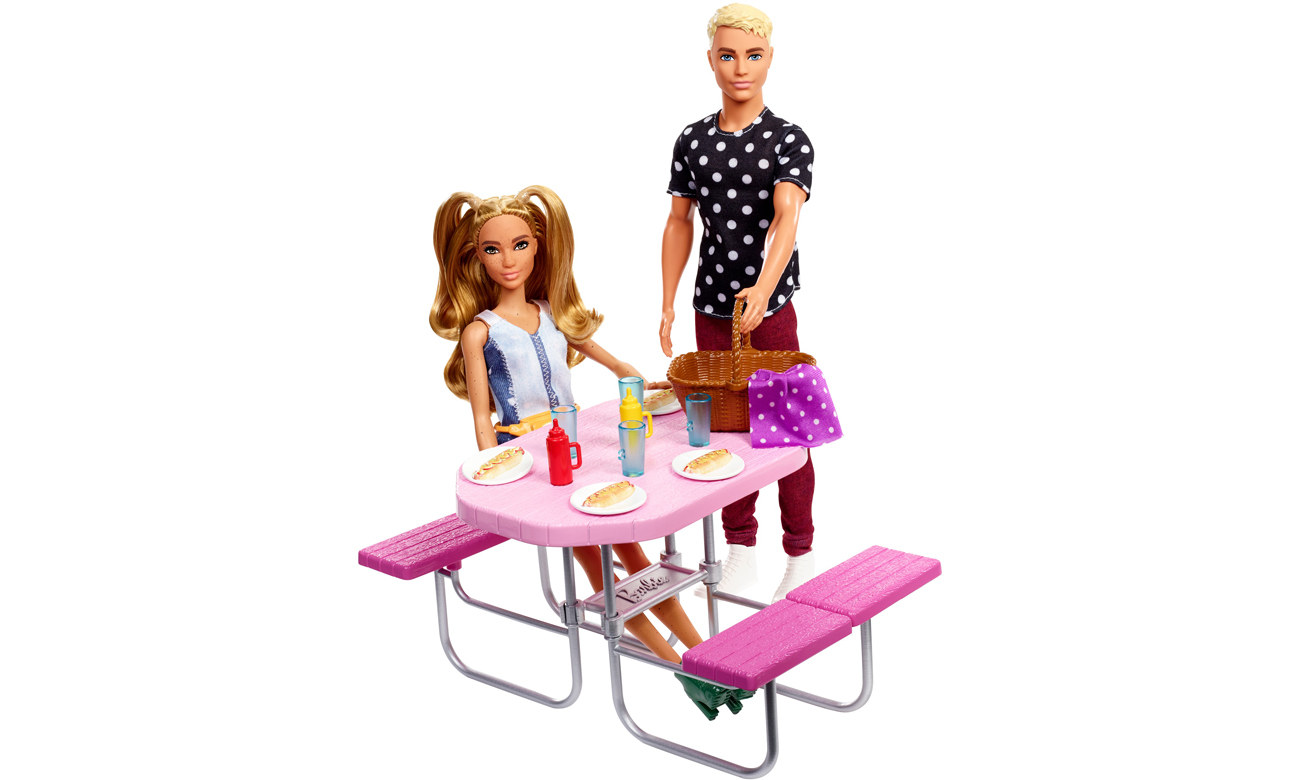 Mattel Barbie Mebelki ogrodowe Stół piknikowy