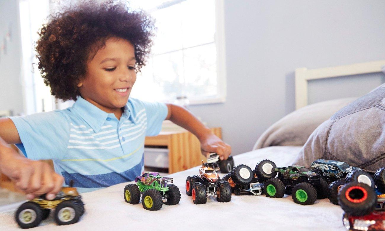 Mattel Hot Wheels Monster Trucks Pojazd 1:64 mix