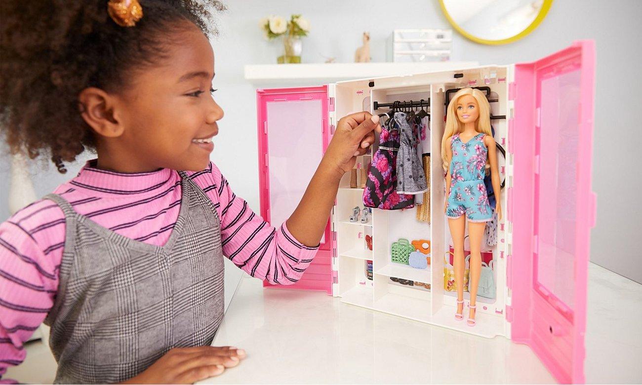 Mattel Barbie Fashionistas Szafa na ubranka + Lalka