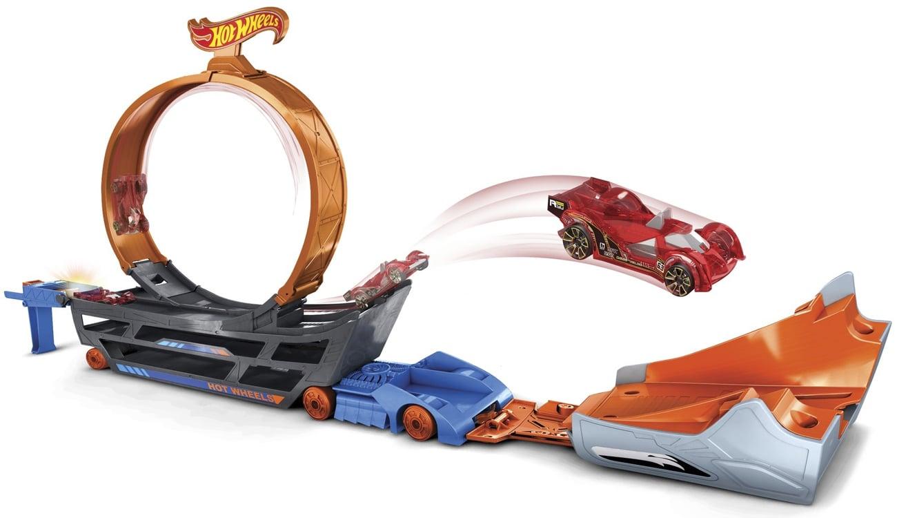 Mattel Hot Wheels Ciężarówka z pętlą + samochodzik